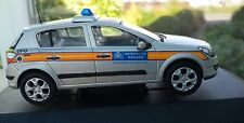 1:43 Vanguards Vauxhall Astra Met Police Incident Response Unit VA09405 Perfect