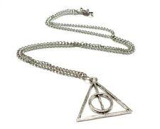 Collar colgante triangulo. Pelicula Harry potter y las reliquias de la muerte