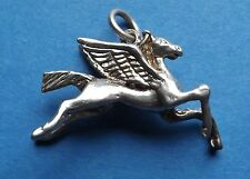 VINTAGE HEAVY 4 GRAM PEGASUS MYTHICAL WINGED HORSE STERLING SILVER CHARM