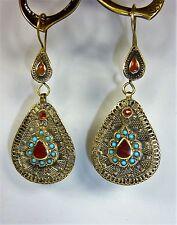Hippie-Ohrringe, Tribal-Ohrringe, Orientalische Ohrringe mit roten Steinen