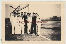 (F2336) Orig. Foto 2.WK, Marine-Soldaten auf Fußballfeld, 1940er