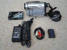 Sony CCD-TRV138 Hi8, Video8 8mm Camcorder/Tape Player.*WATCH/CONVERT, OR RECORD!