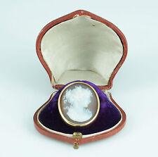 Exzellente Kamee Flora Gemme Cameo in Gold um 1870 Lagen Stein Achat Frankreich