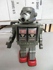 VINTAGE 1978 AMICO BATTERY OPERATED SILVER WARRIOR ROBOT STORMTROOPER ROBOT TOY