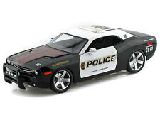 Maito 1/18 Scale 2006 Dodge Challenger Concept Police Diecast Car Model 31365