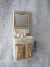 FISHER PRICE Loving Family Dollhouse BATHROOM VANITY with Towel ~ Door opens