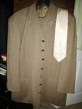 Incredible Zanetti 3 Piece Suit--Made it Italy-Size 46R