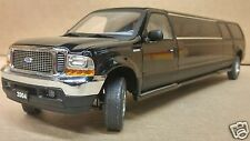 Sun Star - Diecast 1/18 Scale 2004 Ford Excursion LIMOUSINE w/Original Box #3931