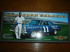 #11 Ned Jarrett 1965 Ford Galaxie Richmond Ford 1/24 NASCAR Legends IN STOCK NEW