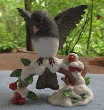 LENOX CHRISTMAS BIRDS COLLECTION DARK EYED JUNCO BIRD PORCELAIN FIGURINE