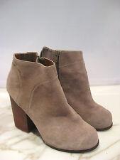 Jeffrey Campbell Hanger Suede Booties Sz 9.5  Designer Shoes