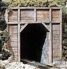 C1154 Woodland Scenics N Gauge Tunnel Port Timber Sgl 2ea