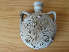 Antique ceramic pottery ronde ventre pilgrim ballon-serpent décoration