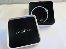 NEW w/ GIFT SET Pandora Small Dainty Bow Ltd Ed 17 CM Bangle Bracelet 794317