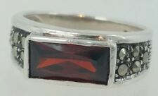 Vintage 925 Sterling silver garnet gemstone ring size 5.5