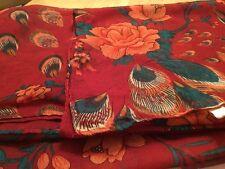 Sciarpa Donna Vivace Stampa in Rosso/Bordeaux con Motivo Multicolore