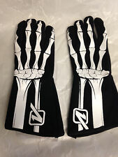 RACING GEAR SKELETON PRINTED DRIVER GLOVES 3.3/5 SFI LARGE 2-LAYER V-GRIP B&W