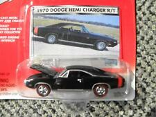 1970 DODGE HEMI CHARGER R/T         2001 JOHNNY LIGHTNING MOPAR MUSCLE   1:64