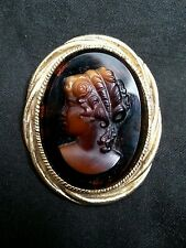 Vintage amber glass cameo brooch