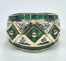 Vintage 10K Yellow Gold Green Emerald & .06 CT Diamond Flower Wide Cocktail Ring