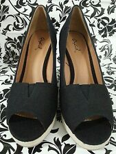 NIB Qupid Black Platform Wedge
