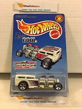 Two Cool White * CHAMPIONSHIP AUTO SHOW * Hot Wheels * M2
