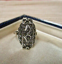 VINTAGE JEWELLERY STERLING SILVER MARCASITE RING