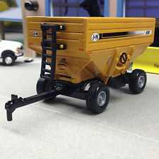 1/64 ERTL YELLOW J&M 680 GRAVITY WAGON