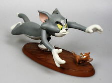TM & Turner Entertainment Tom & Jerry Chasing Polyresin Statue Marked