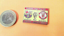 Champions League Final Pin Barcelona Man United 2011 Badge gelb rot