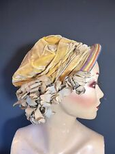 Original Vintage 1900's 1910's 1920's yellow velvet hat cloche + Cloth flowers