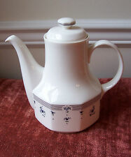 * ROYAL DOULTON CALICO BLUE COFFEE TEA POT AND LID BLUE FLORAL ENGLAND FLOWER