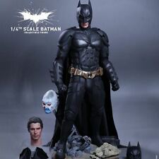 Hot Toys 1/4 Batman quarter scale the dark knight bruce wayne
