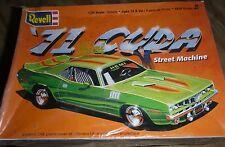 REVELL 1971 PLYMOUTH CUDA STREET MACHINE 1/24 Model Car Mountain 1/25  FS