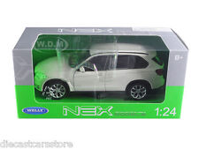 WELLY BMW X5 x DRIVE 5.0i WHITE 1:24 DIECAST MODEL CAR  24052