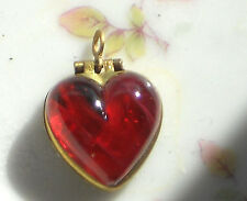 #1577Q Vintage Heart Locket Pendant Red Givre Flowers NOS Gold Tone Star