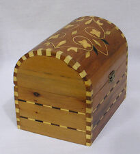 Vintage Cedar Trinket Chest Box with Floral Inlay Inlaid Flowers on Box