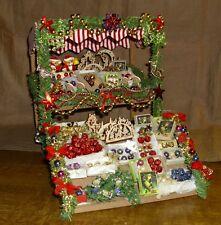 2teiliger Weihnachtsmarktstand/Weihnachtsbude-viel Zubehör Miniatur 1:12 selten