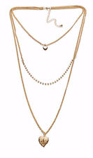 GORGEOUS THREE STRAND GOLD NECKLACE W HEART, DIAMANTE & LEAF PENDANTS (ZX55)