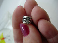 PANDORA RARE BREAST CANCER LUCERNE CLIP.GOOD PRELOVED CONDITION.ALE 925