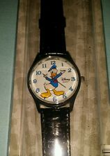 Disney Parks Donald Duck Quartz Leather Watch Arms move NEW