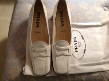 PRADA  * WHITE PATENT LEATHER Pumps Shoes Size  7 / 37 VERNICE CALZATURE DONNA