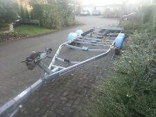 Bootstrailer Boottsanhänger 2750 kg Knott Achsen für Boote bis 8m ohne Papiere
