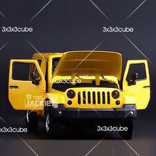1/32 Wrangler Sahara Diecast Model Jeep 4-Doors Sound & Light Pullback Yellow