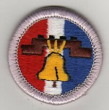Citiz. in the Nation (Large Bell) Merit Badge, Type H, Plastic Back  (1992-2002)