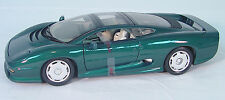 Jaguar XJ220 1992~Special Edition~1/18 Scale Die-Cast Car~Displays Great