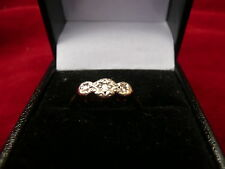 LADIES VINTAGE SOLID 9CT GOLD & PLATINUM 3 STONE DIAMOND RING SIZE K 16.00MM