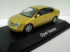 Vauxhall Opel Vectra C NOTCHBACK Model Car 1/43 made by Schuco