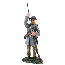 BRITAINS 31256 - Confederate Infantry Standing Ramming in Frock Coat No.1