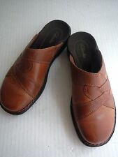 CLARKS  Clogs Women's 7 M BROWN LEATHER MULES SLIDES OPEN BACK LOW WEDGE HEEL